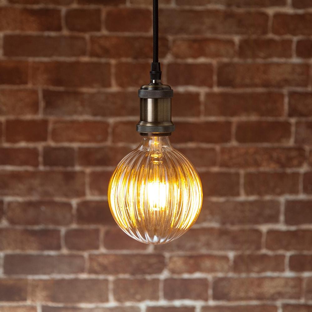 LEDフィラメント電球 LDA4L-D5 E26 4.0W 電球色