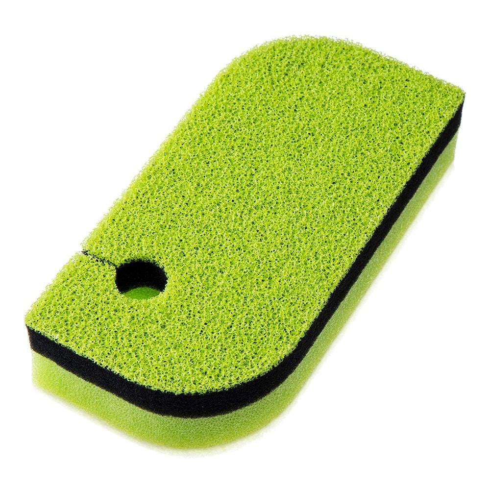 細かい繊維で汚れを落とすバススポンジ
