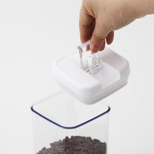 片手で開け閉めができる保存容器 正方形 1900ml