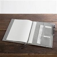 名刺やペンを収納できるノートカバーB5