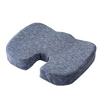 おしりや腰の負担を軽減する低反発クッション ブルー