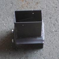 ガーデンフェンスレッグ 2×4受金具 ブロック幅100