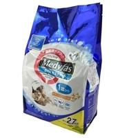 メディファス 室内猫 毛玉ケア プラス 1歳から チキン&フィッシュ味 2.7kg