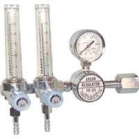 【CAINZ DASH】ヤマト 二連式流量計付アルゴン用圧力調整器 YR−85F